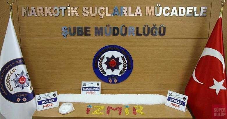 İzmir'deki bir kamyona yapılan aramada rekor uyuşturucu ele geçti