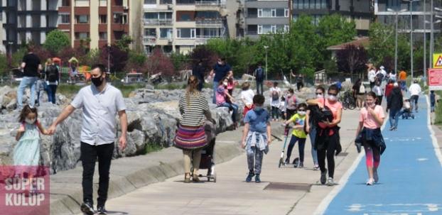 İstanbul'da çocuklar sokağa çıktı