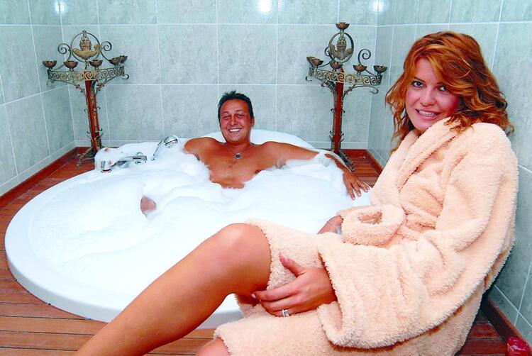 15 yıllık evlilik bitti… Şebnem Özinal ile Şefik Öztek boşandı!