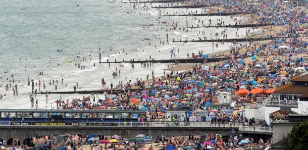 Gençler plajlara gidince vaka sayıları arttı