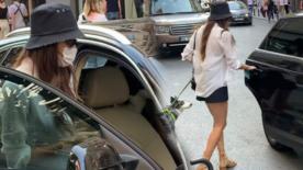 Hande Erçel izin gününde köpeğiyle gezmeye çıktı
