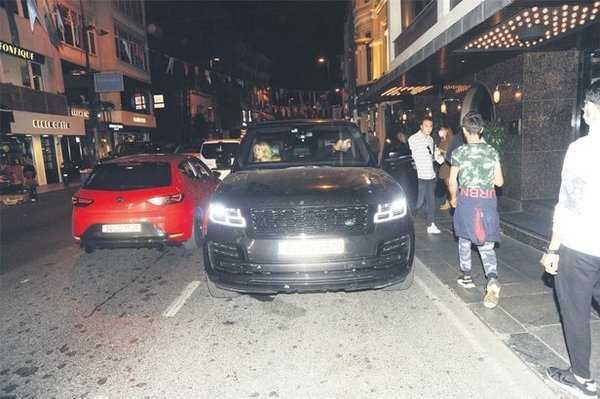 Yasemin Taciroğlu gönlünü Caner Karaloğlu'na kaptırdı