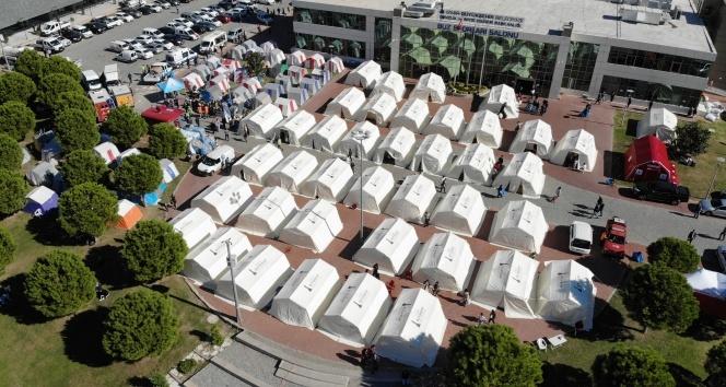 Çadır kentte kalan depremzedelerden devlete teşekkür