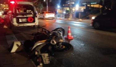 Küçükçekmece'de motosiklet yaya çarptı: 2 yaralı