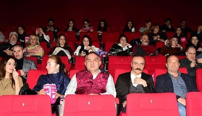 Sinema salonları için yasak uzatıldı
