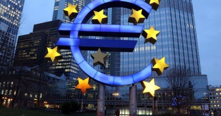 ECB varlık alımlarını en az 500 milyar euro artıracak