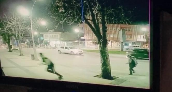 Polis merkezi yakınındaki silahlı saldırı kamerada